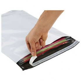 Pochettes / Enveloppes plastiques opaques 600x600 mm